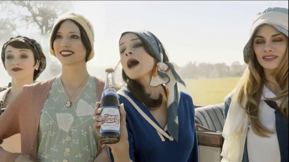 Pepsi TV Spot, 'There Since the First Halftime' - Screenshot 4