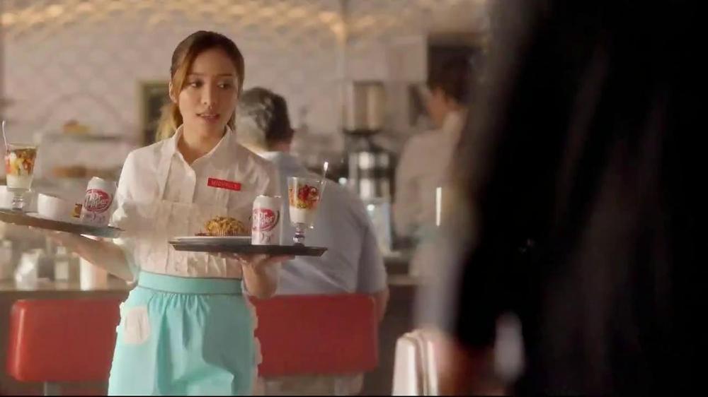 Dr Pepper Diet TV Spot, '/1' Featuring Michelle Phan, Song by Lenka - Screenshot 1