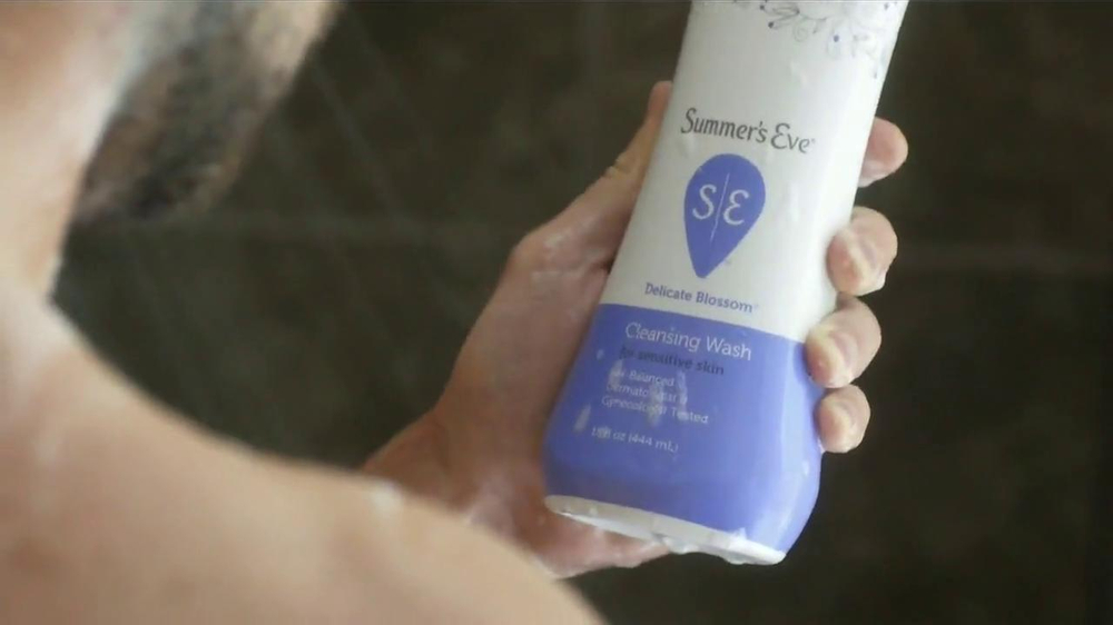 Summer's Eve Cleansing Wash TV Spot, 'Mistaken Body Wash' - Screenshot 5
