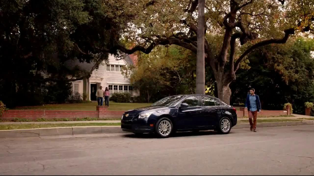 Chevrolet Cruze Eco TV Spot, 'Around the Country' - Screenshot 1