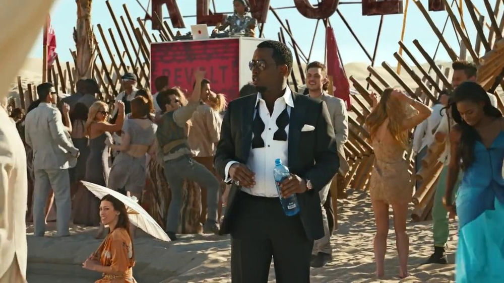 FIAT TV Spot, 'Mirage' Featuring Diddy, Song by Pharrell Williams - Screenshot 10