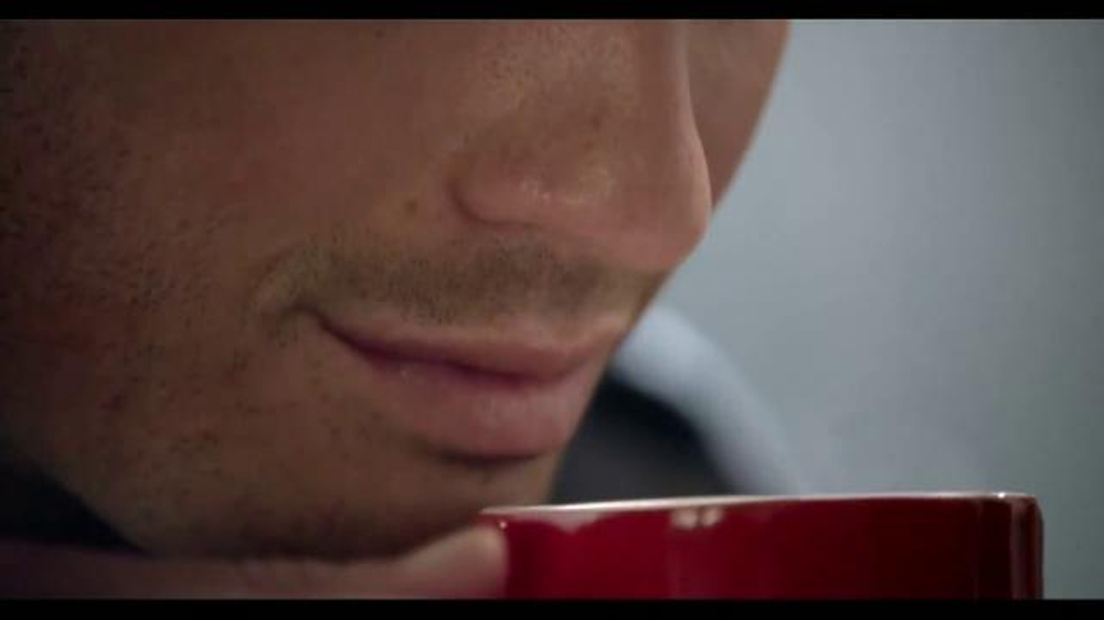 Nescafe Clásico TV Spot, 'Matador' [Spanish] - Screenshot 2