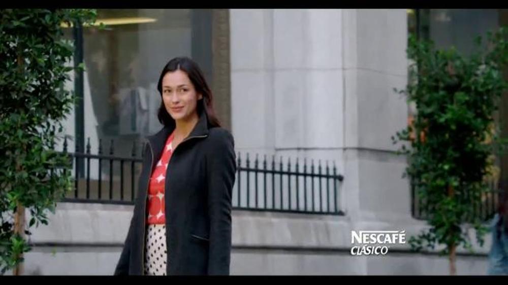 Nescafe Clásico TV Spot, 'Matador' [Spanish] - Screenshot 9