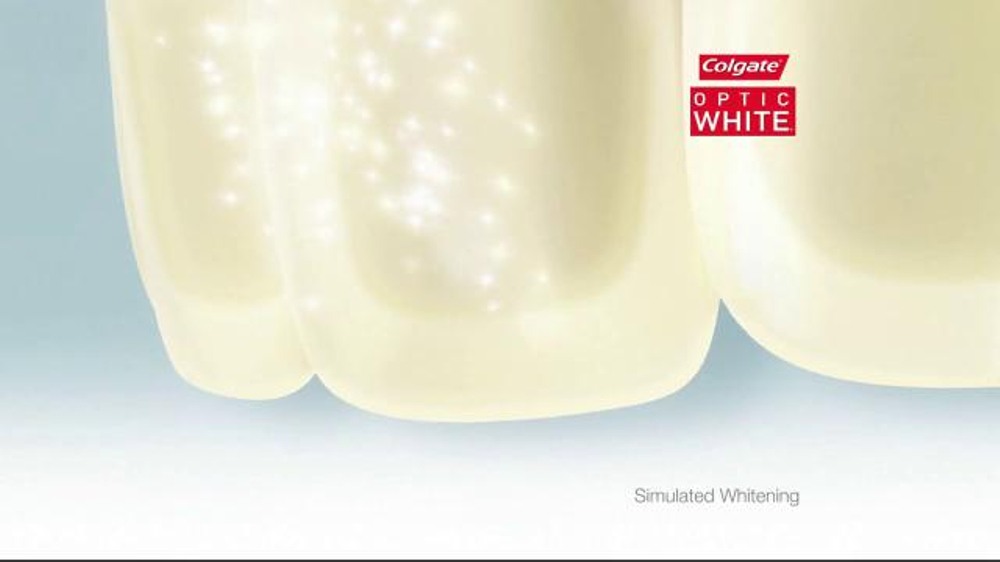 Colgate Optic White TV Spot, 'Accessories' - Screenshot 4