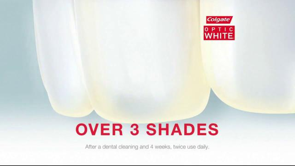 Colgate Optic White TV Spot, 'Accessories' - Screenshot 5
