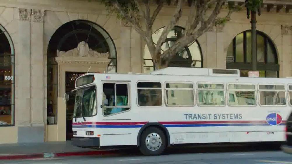 Myrbetriq TV Spot, 'Bus' - Screenshot 1