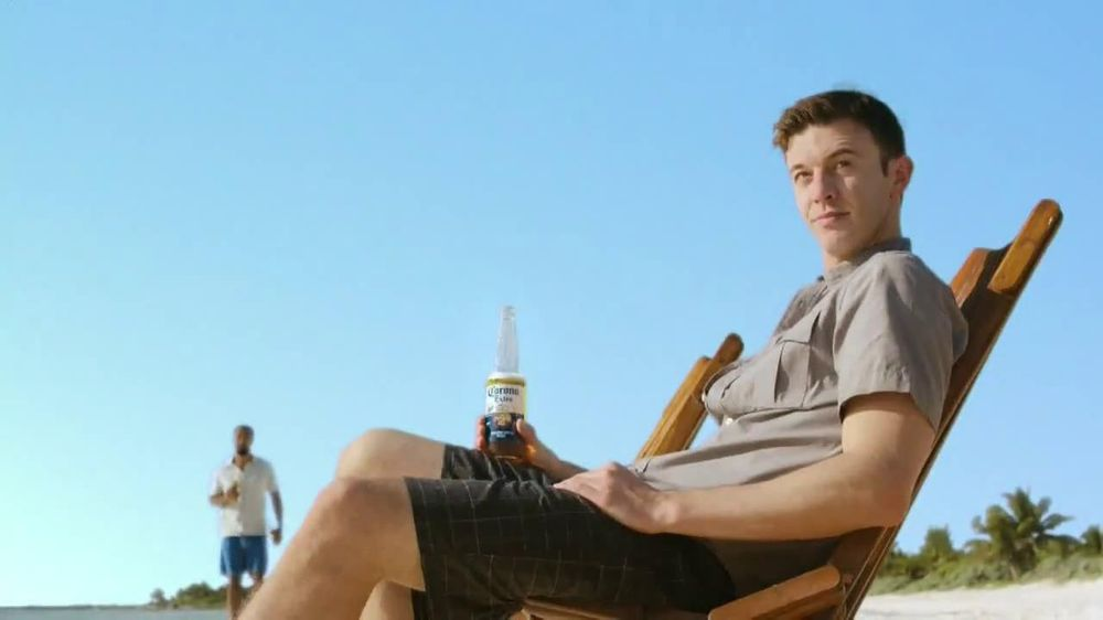 corona beer ad analyze Michelob ultra's super bowl beer ad wants you to believe that the  molson  coors (tap) and corona owner constellation brands (stz) (also.