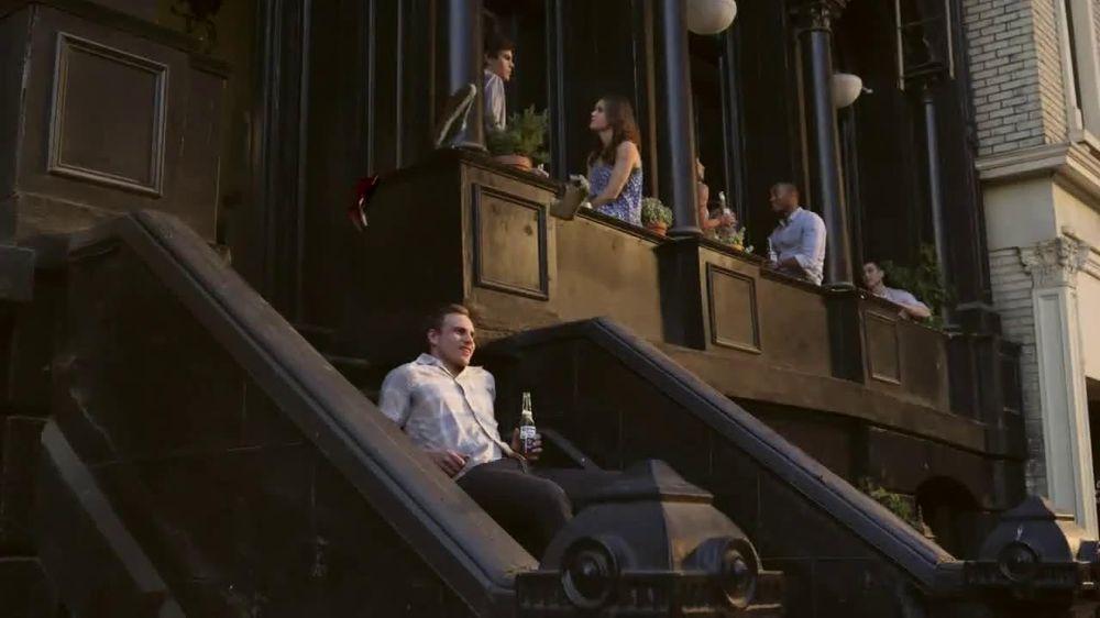 Corona Extra TV Spot, 'Shoes' - Screenshot 4