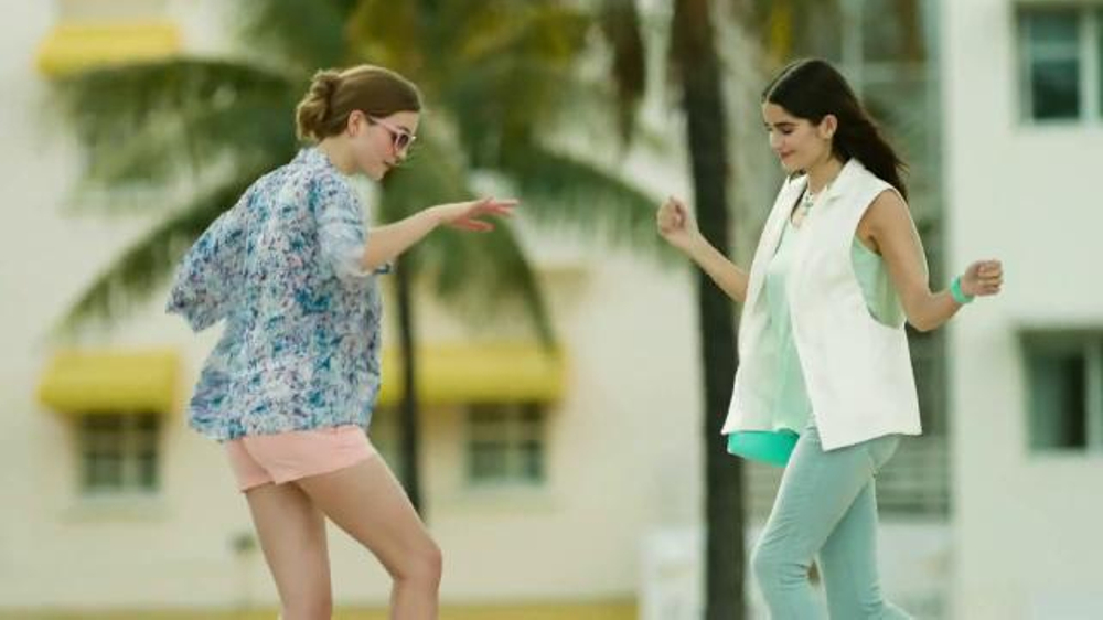 Target TV Spot, 'Styles' Song by Haim - Screenshot 4