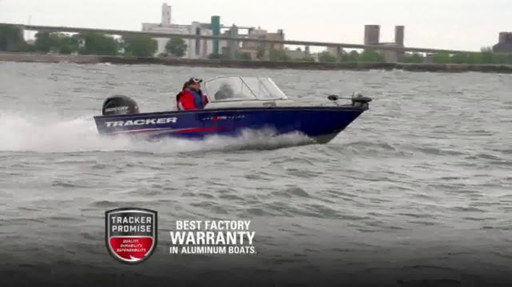 Bass pro shops spring fishing sale tv commercial 39 2015 for Bass pro fishing boats