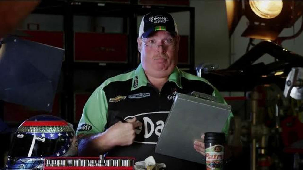 GoDaddy TV Spot, 'Air Wrench: Tony Stewart Pranks Danica Patrick' - Screenshot 3