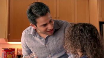 Box Tops For Education TV Spot, 'Botar Dinero a La Basura' [Spanish]