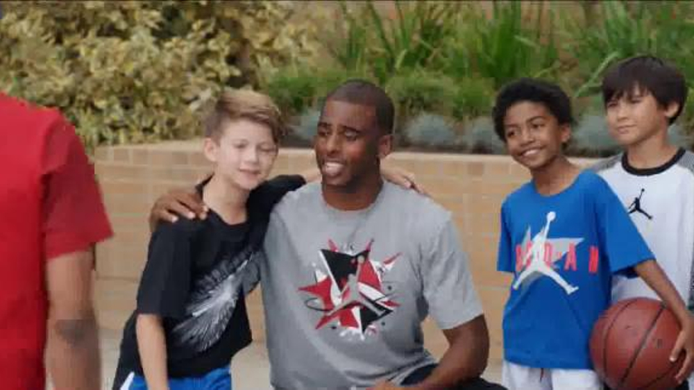 Kids Foot Locker Jordan TV Spot, 'Selfie' Featuring Chris Paul - Screenshot 3