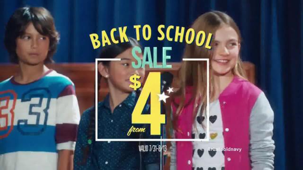 Old Navy Back to School Sale TV Spot, 'Spell Me This' Featuring Amy Poehler - Screenshot 9