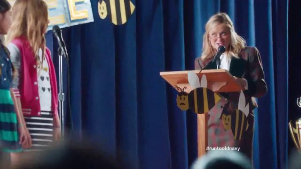Old Navy Back to School Sale TV Spot, 'Spell Me This' Featuring Amy Poehler - Screenshot 4