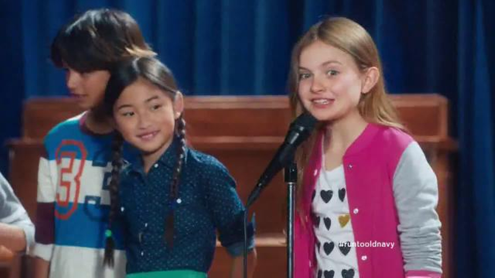 Old Navy Back to School Sale TV Spot, 'Spell Me This' Featuring Amy Poehler - Screenshot 6