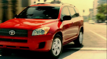 Toyota RAV4 TV Spot, 'Dog's Great Day' Featuring LL Cool J - Thumbnail 4