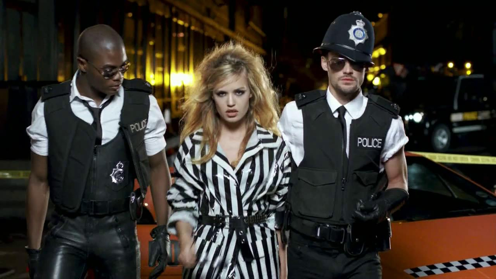 Rimmel London ScandalEyes TV Spot, 'Arrest' - Screenshot 1
