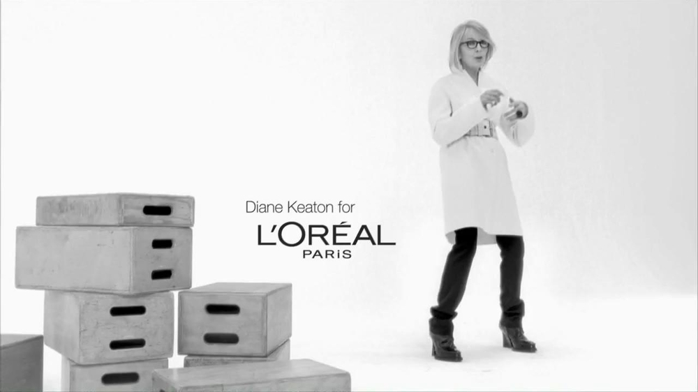 L'Oreal Age Perfect Hydra-Nutrition Golden Balm TV Spot Feat. Diane Keaton - Screenshot 1