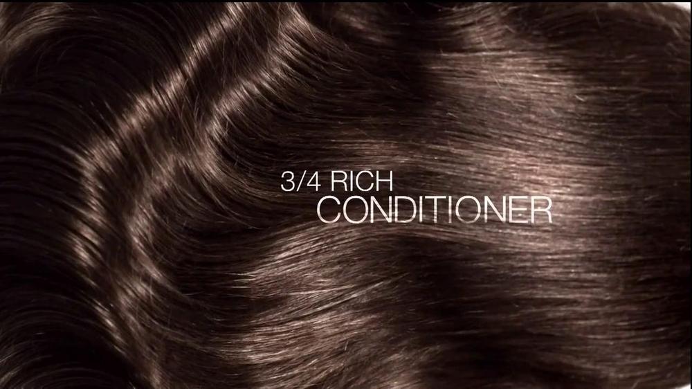 L'Oreal EverCreme Moisture System TV Spot Featuring Eva Longoria - Screenshot 8