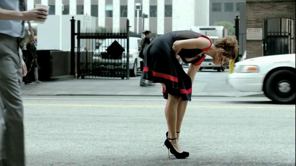 FIAT Abarth TV Spot, 'Seduction' Featuring Catrinel Menghia - Screenshot 1