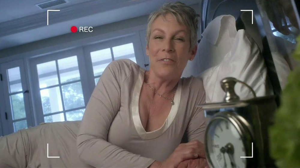 Activia Breakfast Blend TV Spot Featuring Jamie Lee Curtis - Screenshot 2