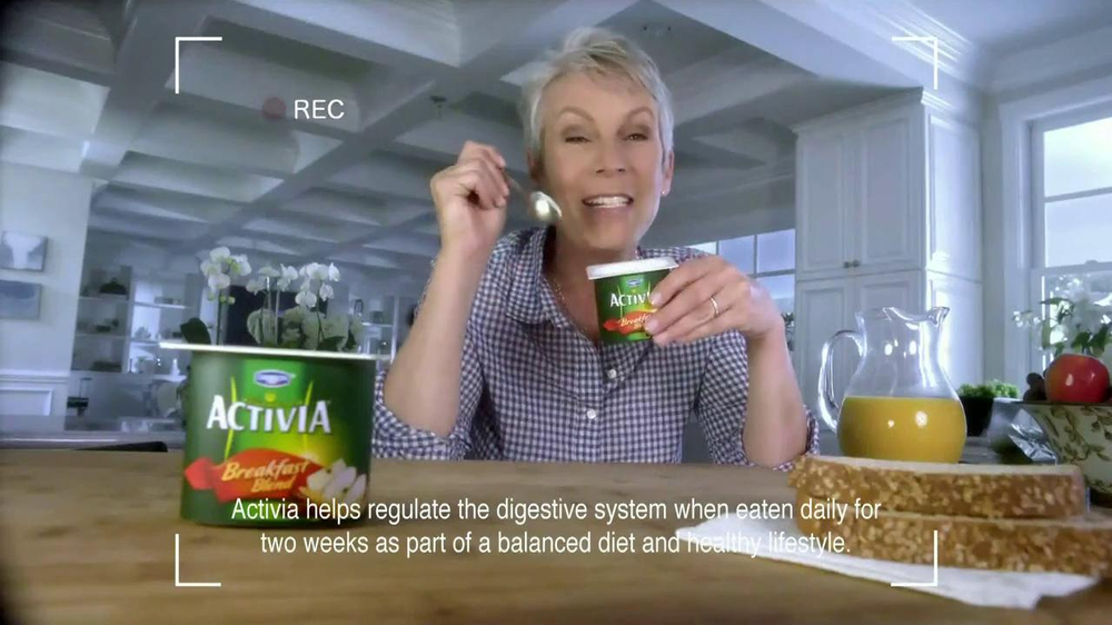 Activia Breakfast Blend TV Spot Featuring Jamie Lee Curtis - Screenshot 9