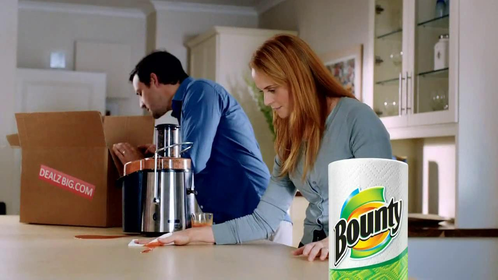 Bounty TV Spot, 'Juicer' - Screenshot 5