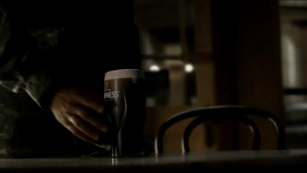 Guinness TV Spot, 'Empty Chair' - Screenshot 9