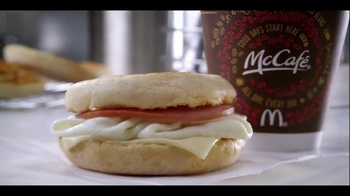 McDonald's Egg White Delight TV Spot, 'Folds and Flips'