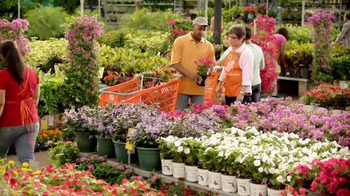 The Home Depot Spring Black Friday TV Spot, 'En Todo lo que Hace' [Spanish] thumbnail
