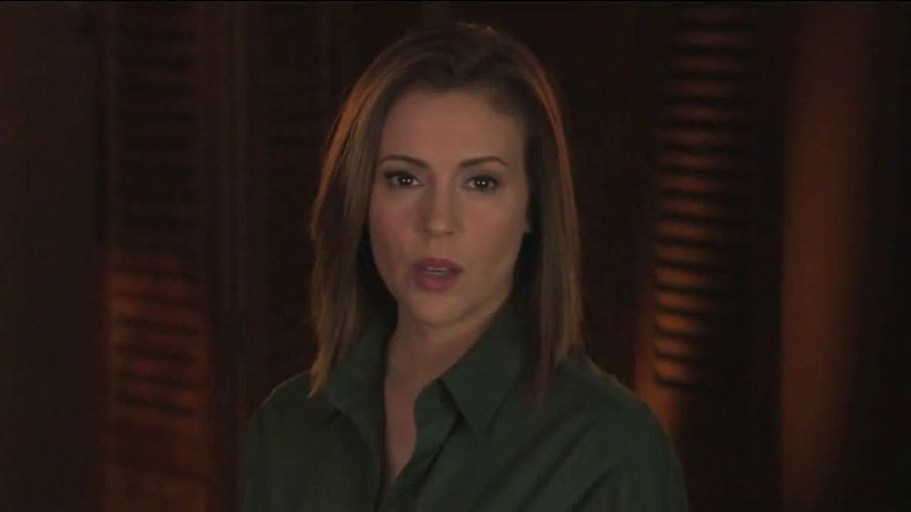 UNICEF TV Spot, 'What Would You Do?' Featuring Alyssa Milano - Screenshot 1