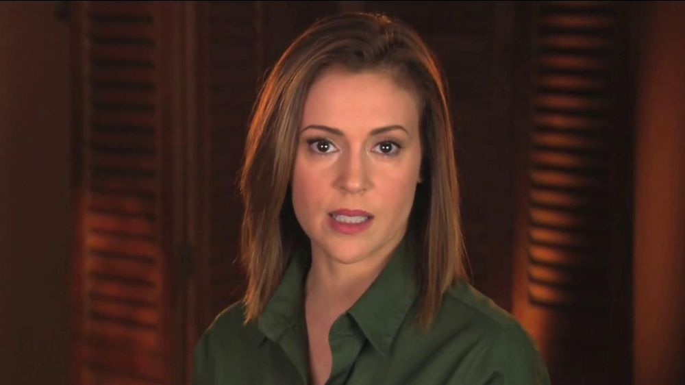 UNICEF TV Spot, 'What Would You Do?' Featuring Alyssa Milano - Screenshot 2