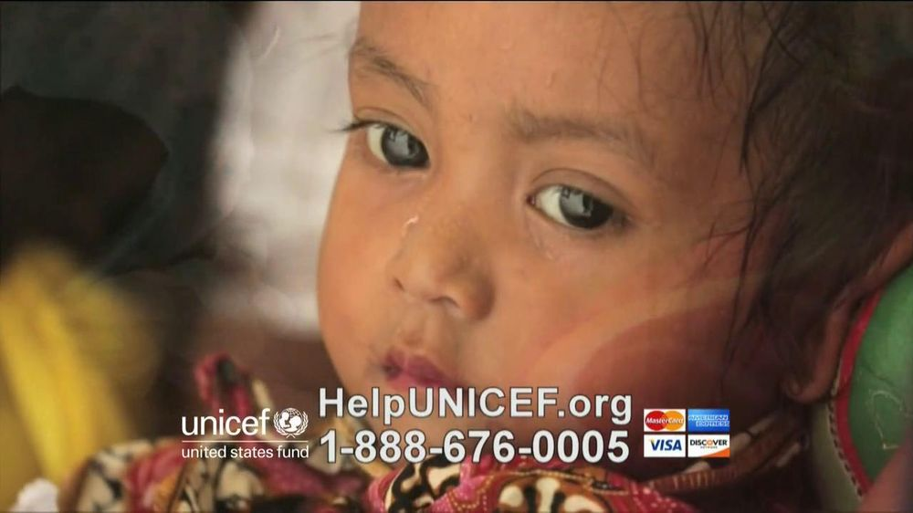 UNICEF TV Spot, 'What Would You Do?' Featuring Alyssa Milano - Screenshot 4