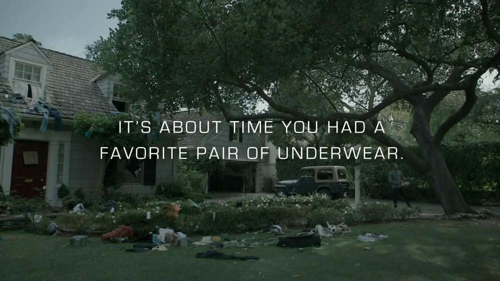 Gildan TV Spot, 'Underwear in Tree' - Screenshot 10