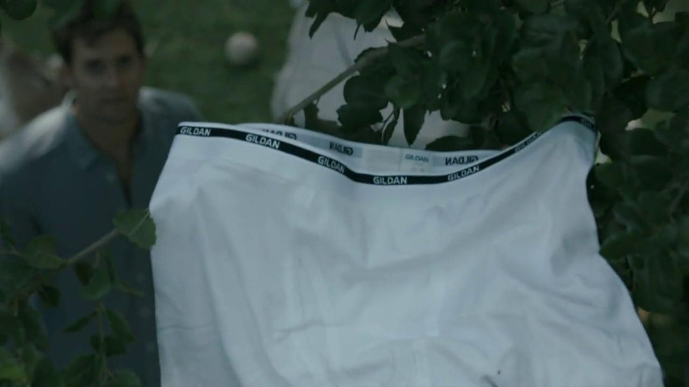 Gildan TV Spot, 'Underwear in Tree' - Screenshot 5