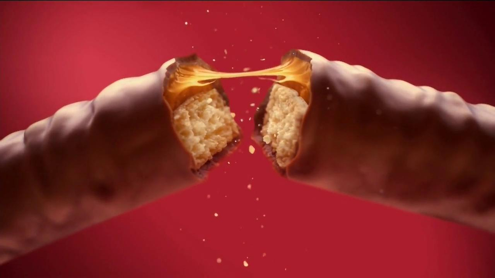 Twix TV Spot, 'Right' - Screenshot 8