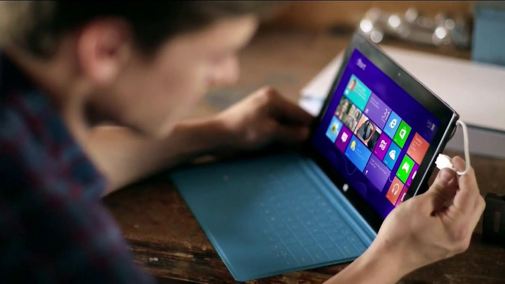 Best Buy Blue Shirt Beta Test TV Spot, 'Microsoft Surface RT' - Screenshot 6