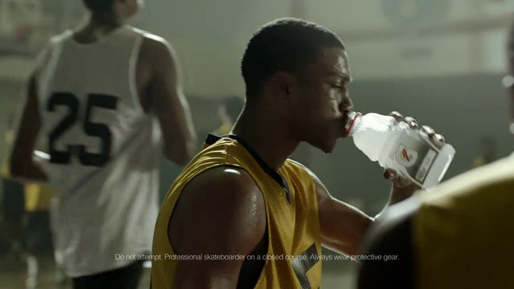 Gatorade Frost TV Spot, 'One More' Featuring Robert Griffin III - Screenshot 5