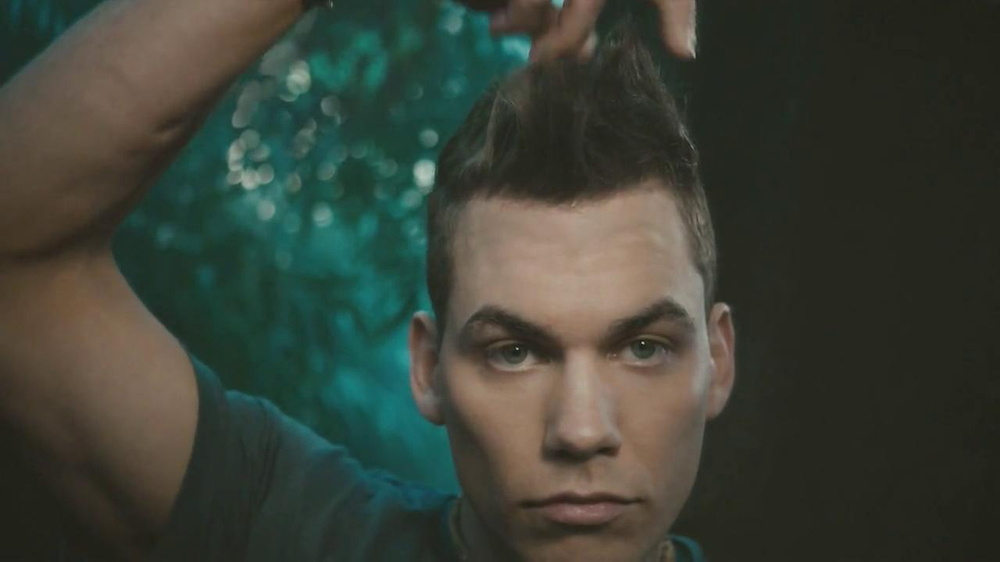 Axe Spiking Hair Styling TV Spot, 'The Spiked-Up Look' - Screenshot 2