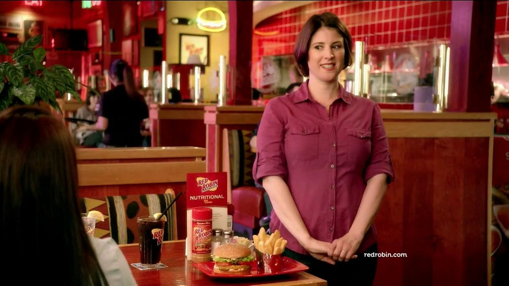 Red Robin Burgers TV Spot, 'Teenage Daughter' - Screenshot 6