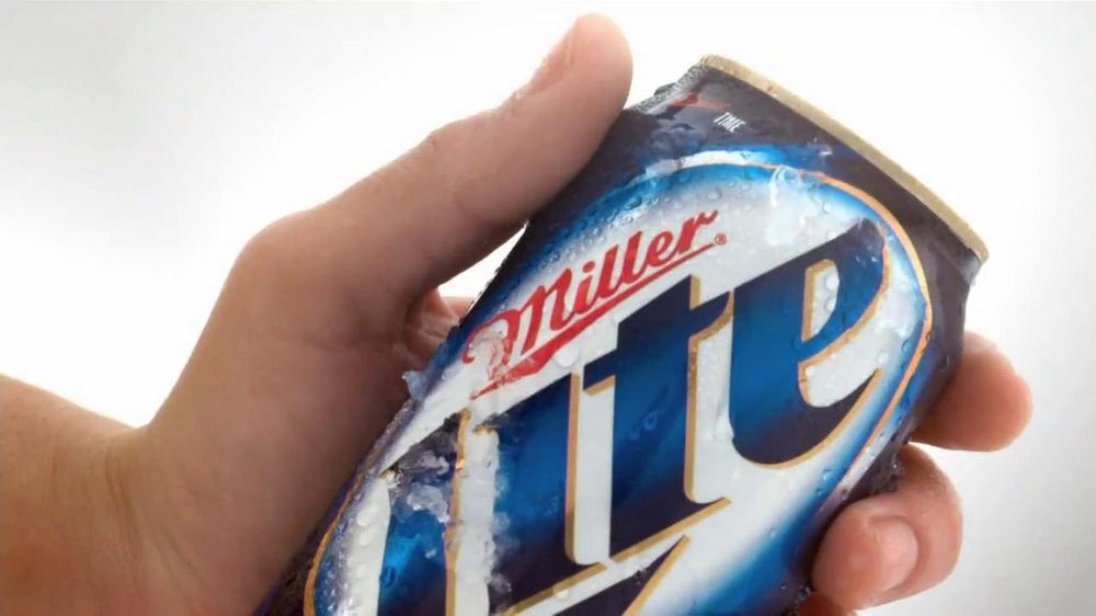 Miller Lite Punch Top Can TV Spot, 'Let it Flow' - Screenshot 1