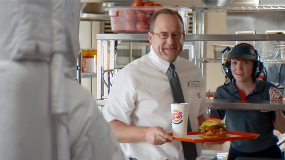 Burger King Chipotle Chicken Sandwich TV Spot, 'Aliens' - Screenshot 7