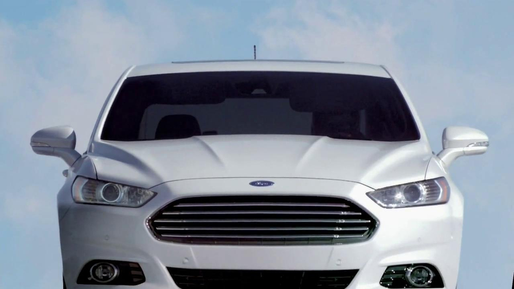 2013 ford fusion tv spot 39 flying car 39. Cars Review. Best American Auto & Cars Review