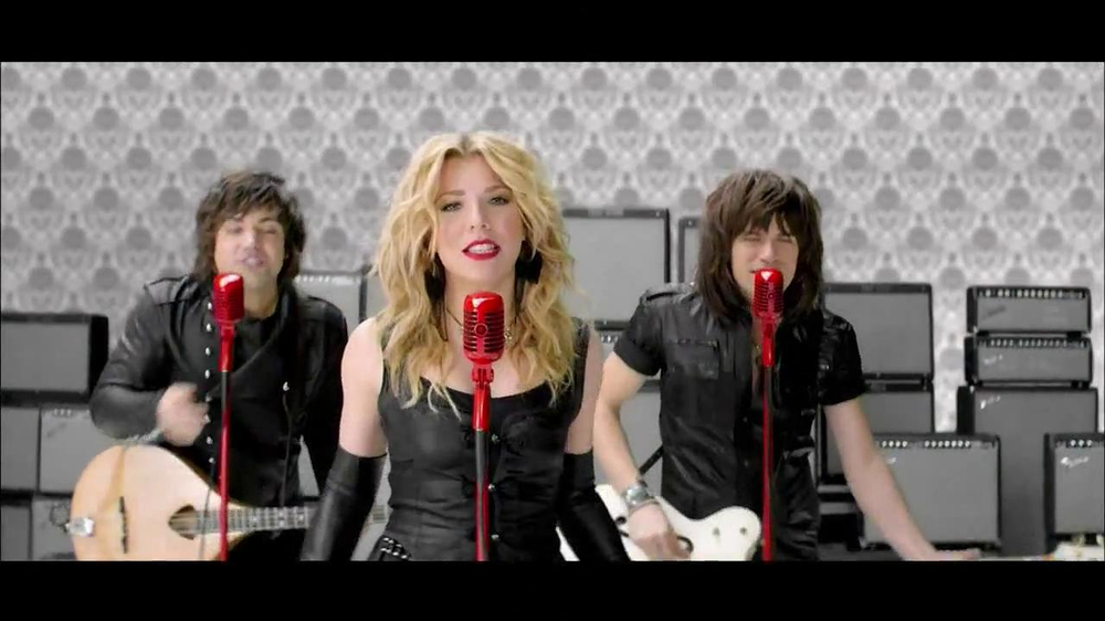 Target TV Spot Featuring The Band Perry - Screenshot 2