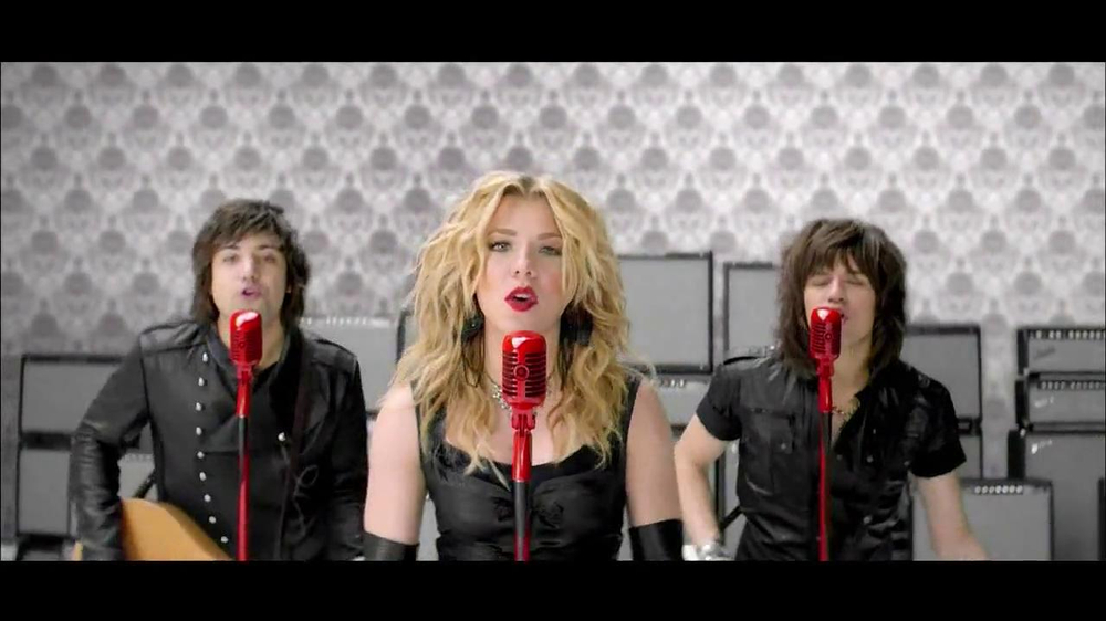Target TV Spot Featuring The Band Perry - Screenshot 4