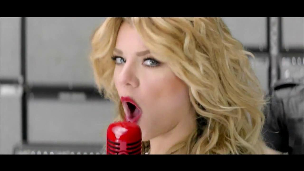 Target TV Spot Featuring The Band Perry - Screenshot 8