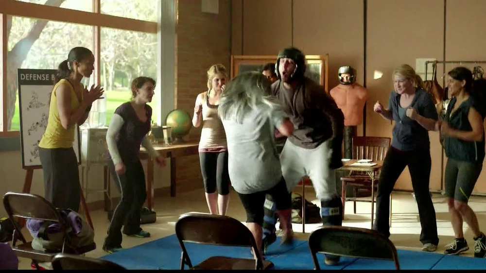 belVita TV Spot, 'Self Defense Teacher' - Screenshot 3