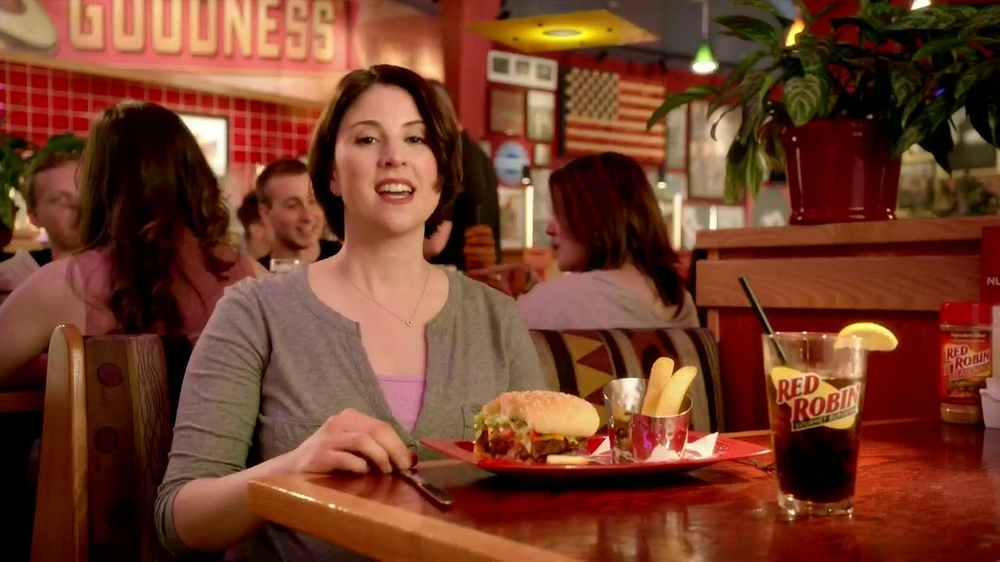 Red Robin Bottomless Steak Fries TV Spot, 'Booyah' - Screenshot 1