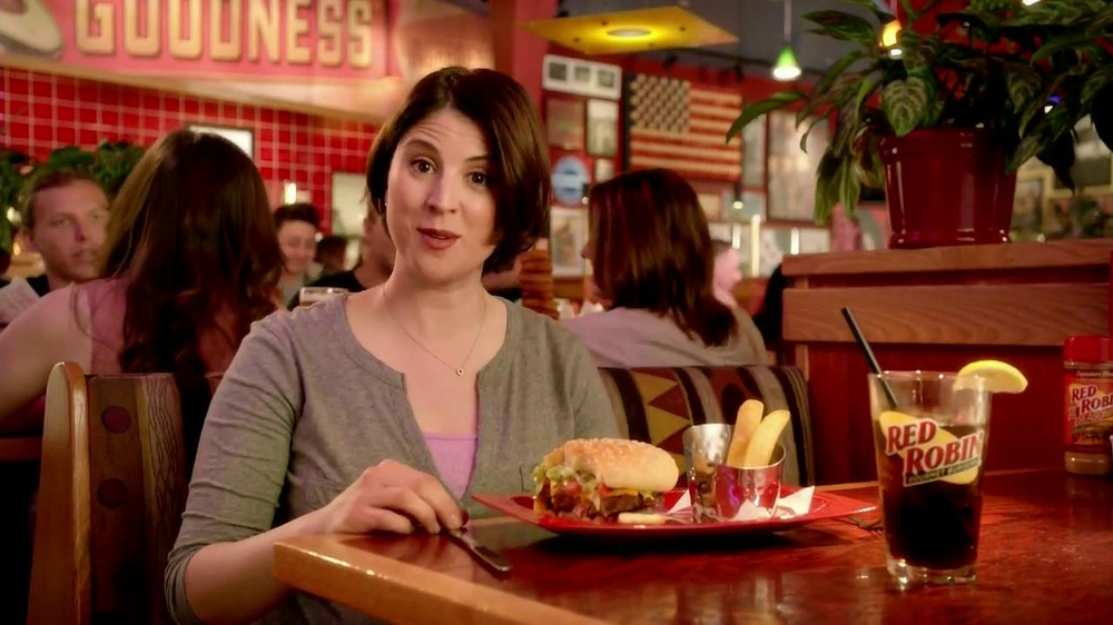 Red Robin Bottomless Steak Fries TV Spot, 'Booyah' - Screenshot 3